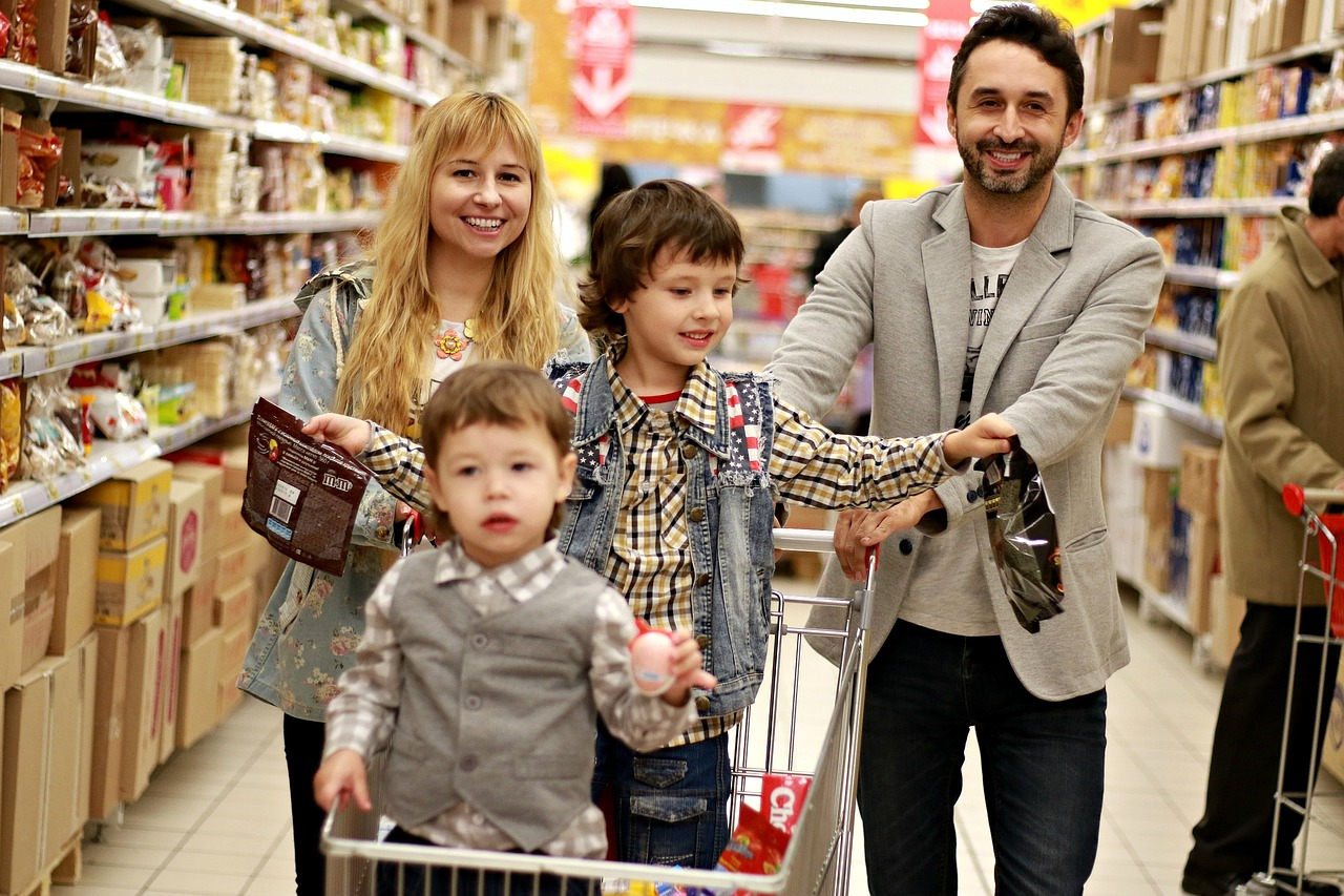 Huge Discount On Our Associate Family Marts